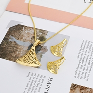 Picture of Zinc Alloy Casual Necklace and Earring Set at Great Low Price